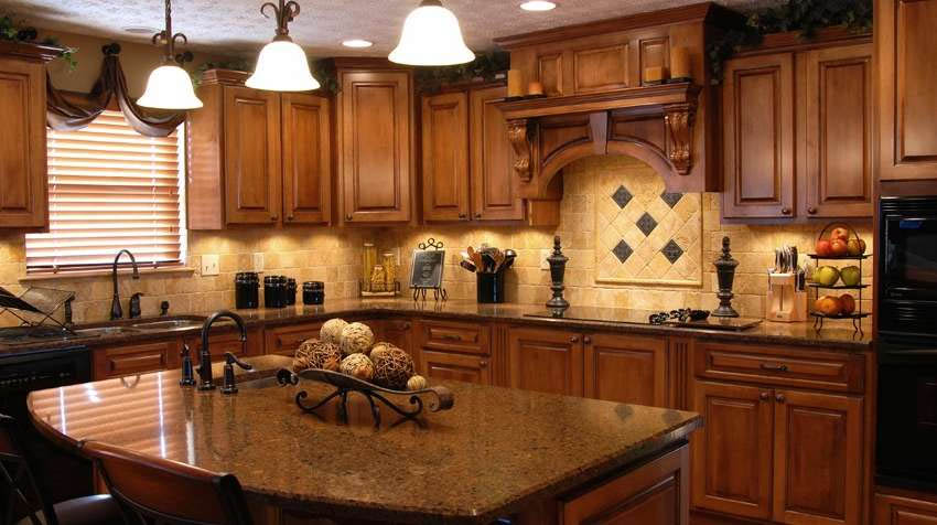 custom kitchen cabinets in